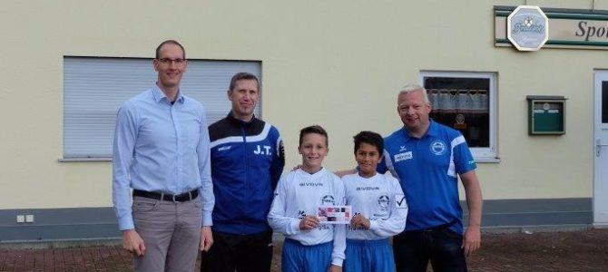 Barkas Nachwuchs bedankt sich bei Sponsor IC TEAM Personaldienste