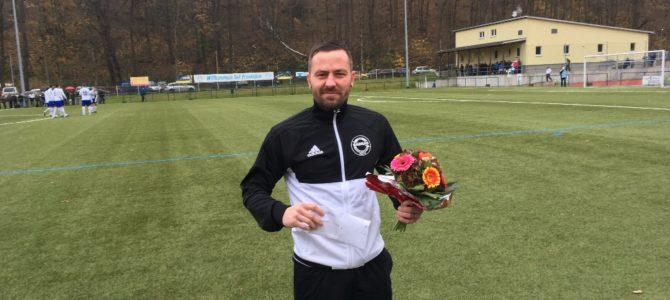 """Deckel sagt Adieu"" —- Wir sagen Danke"