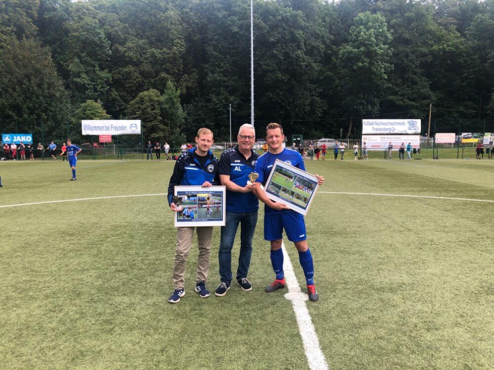 4faches DANKESCHÖN - Patrick Baumgart (links) & Andreas Köstner (rechts)